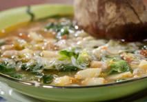 Le zuppe in inverno: buone e amiche della linea